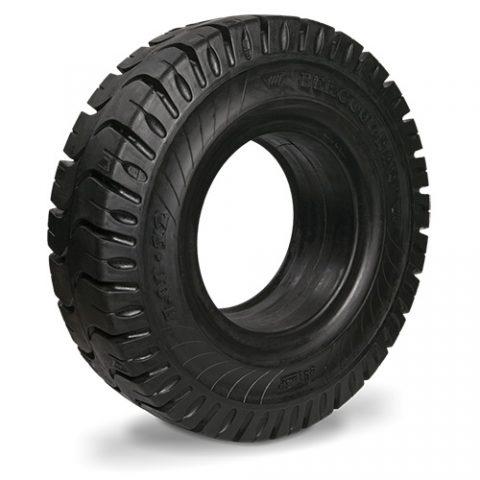 Puna guma viljuškara dimenzije 18X7-8 širina felne 4.33